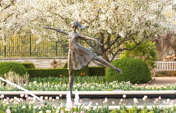 Dancer Statue_15-0411_4850